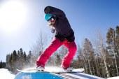 A campeã de snowboard Allana Leite