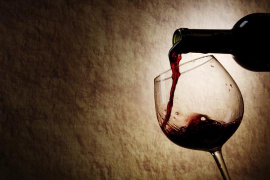 Chegada de outono e inverno aumenta a busca por vinho