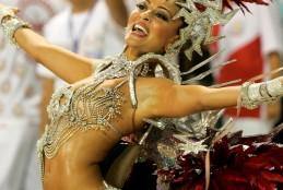 Possíveis musas para o carnaval de 2015