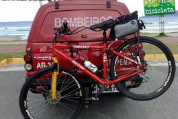 Bombeiros usam bicicletas no litoral de Santa Catarina