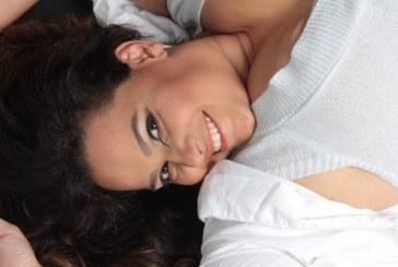Janaina Rico lança 100 Dias de Sensualidade, um livro para todas as mulheres que se sentem fora do padrão de beleza.