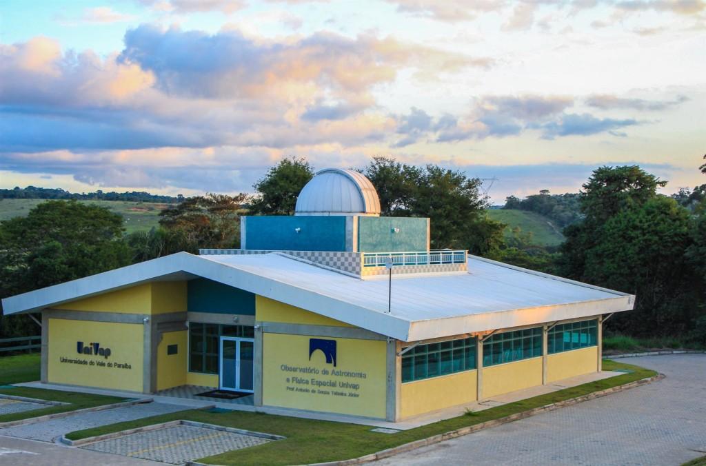 A equipe do observatório é formada por pesquisadores e alunos do programa de pós-graduação em Física e Astronomia da Univap, com grande experiência em pesquisa, extensão e divulgação científica.