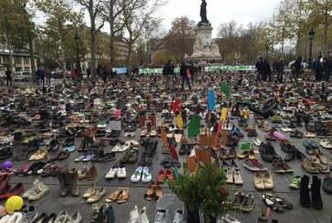 Na COP21 sapatos ocupam lugar de manifestantes em Paris