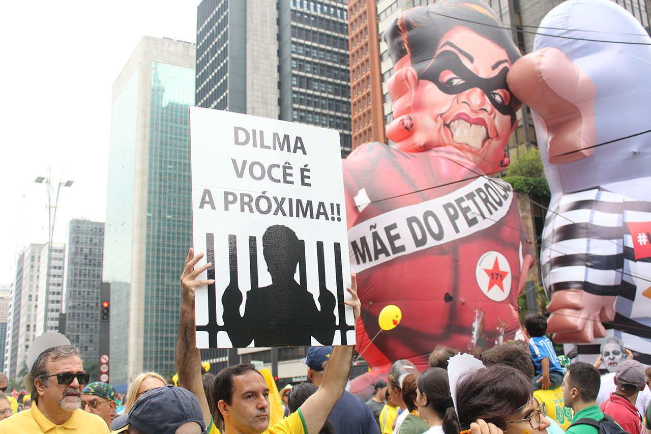 AT_manifestacao-contra-Dilma-Rousseff-em-Sao-Paulo_027