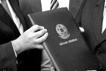 Dilma sofre o Impeachment e Temer assume a presidência da república