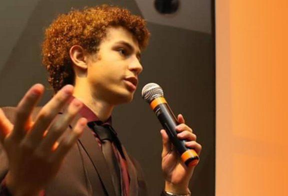 Eleição com jovem candidato ajuda a renovar a política no Brasil